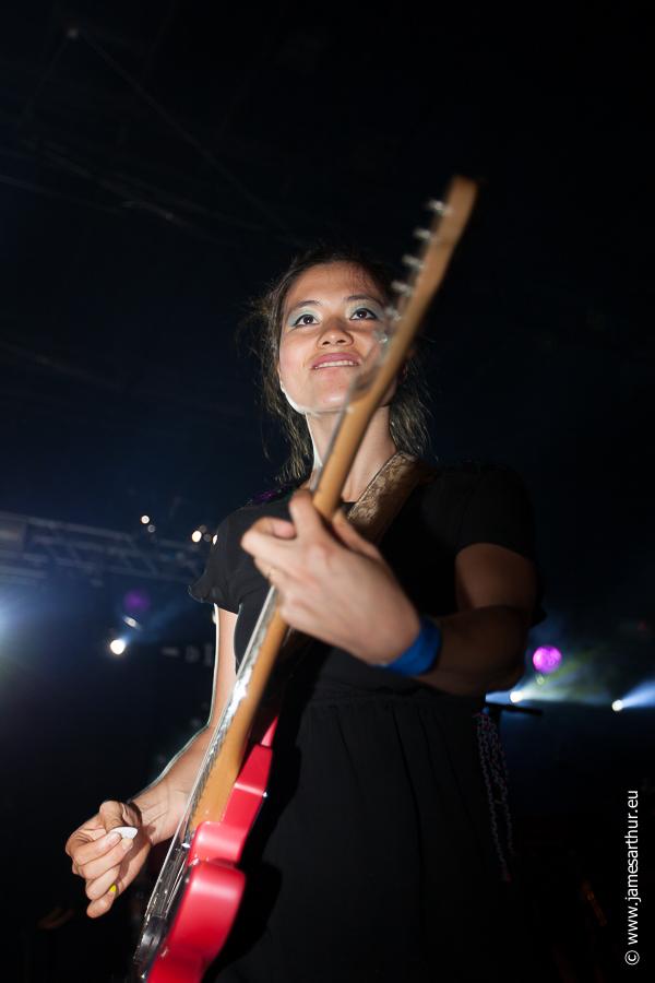 Sarah Yu Zeebroeck, Hong Kong Dong