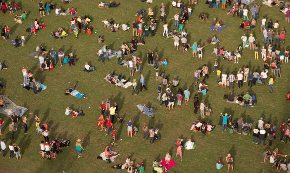 Festivalgangers in Kiewit