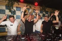 Tomorrowland 2014: Roger Van Damme, Sergio Herman, Like Mike, Dominique Persoone, Peppe Giacomazza en Dimitri Vegas bouwen een feestje in B-EAT