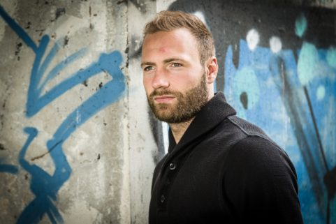 Profvoetballer Laurent Depoitre voor HLN
