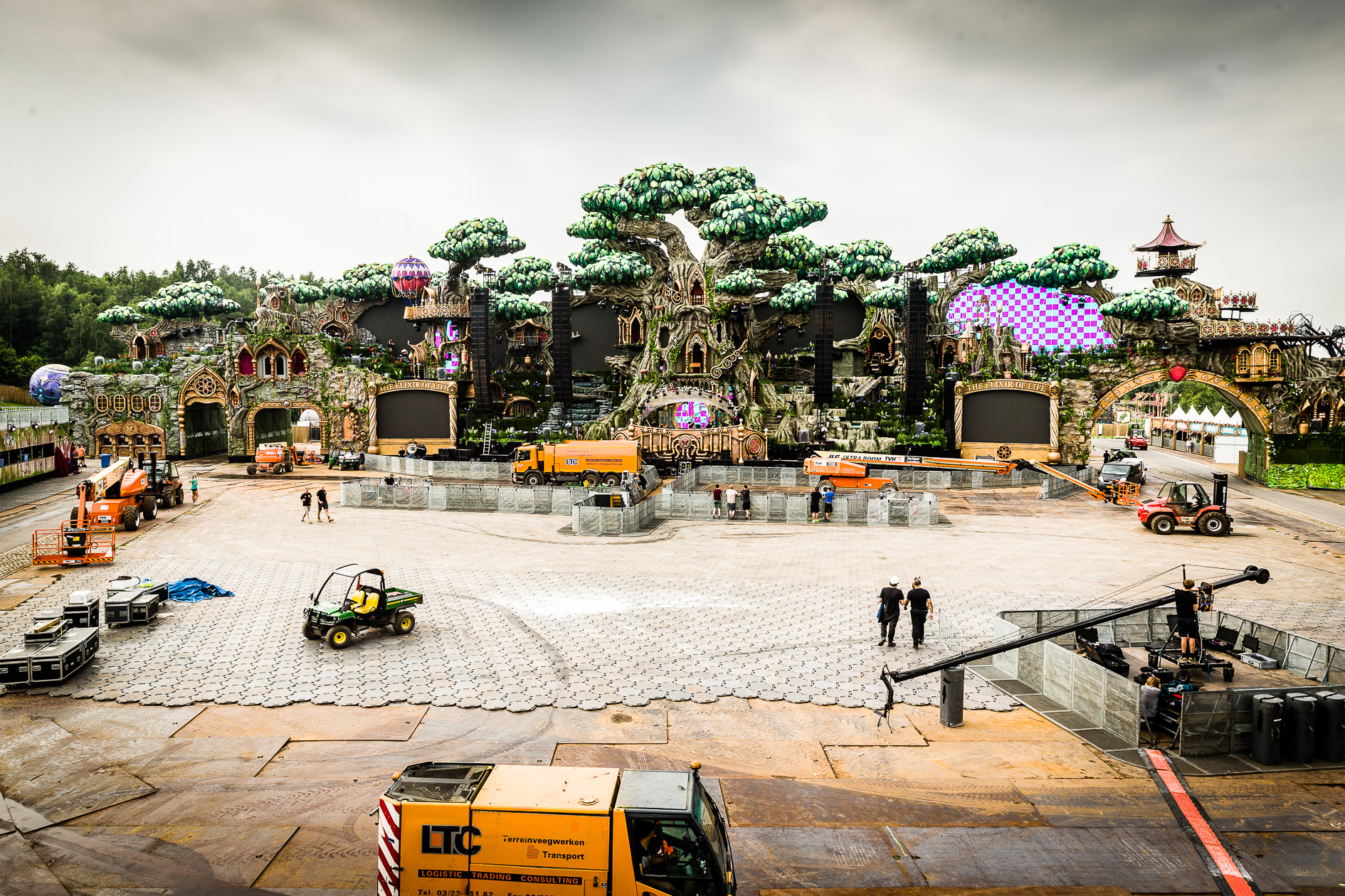 ASS HLN Tomorrowland 2016