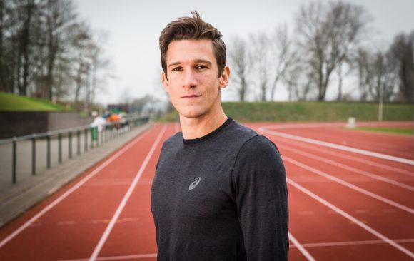 Decathlon atleet Thomas Van der Plaetsen voor HLN