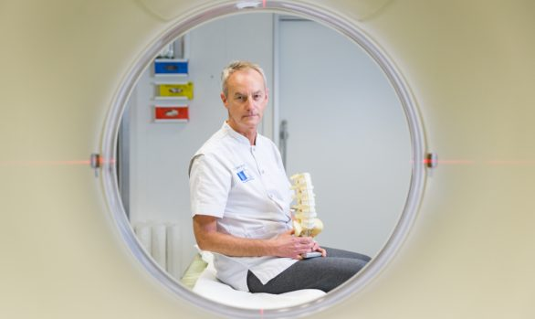 Neurosurgeon Erik van de Kelft - November 2016 - Sint-Niklaas