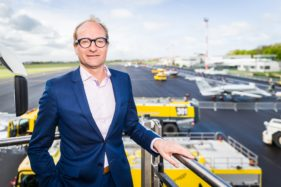 Luchtvaartdag in Luchthaven van Oostende-Brugge, minister Ben Weyts.